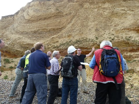 Examining the Weybourne Crag with Dr Ian Candy